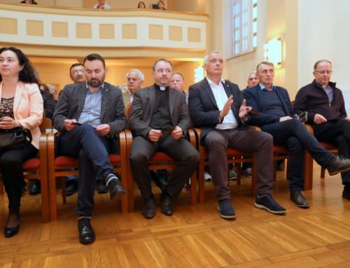 Održana tribina o životu, liku i djelu nadbiskupa Josipa Jurja Posilovića