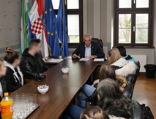 Gradonačelnik primio učenike trećih razreda komercijalne škole
