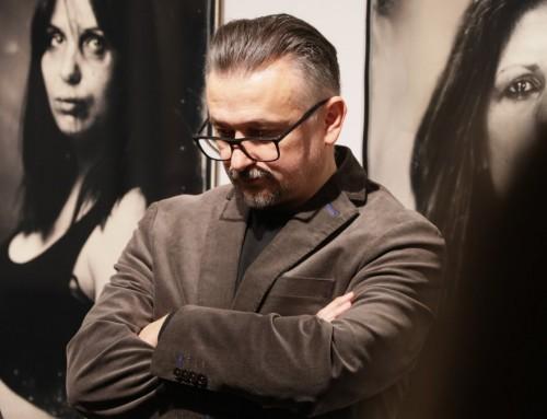 """Otvorena izložba Roberta Gojevića """"Žene šute i skrivaju svoje lice"""""""