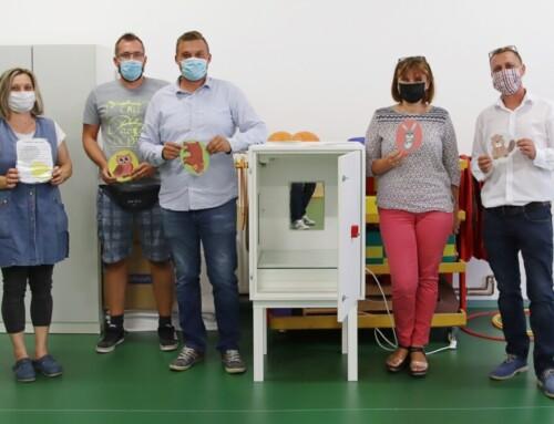 """Ivanićgradski start-up donirao je dječjem vrtiću """"UVC Box"""""""