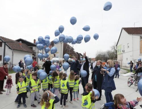 Simboličnim puštanjem plavih balona obilježen Svjetski dan svjesnosti o autizmu